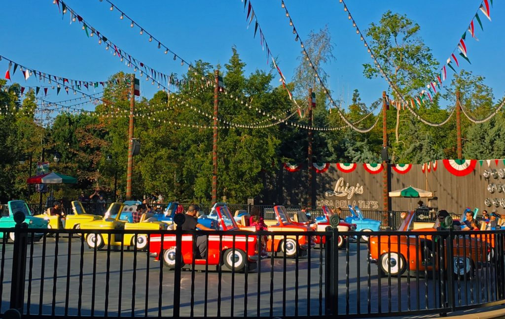 The rollickin roadsters in cars land